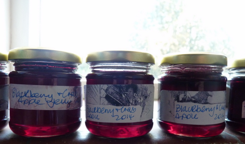 blackberry and crab apple jelly