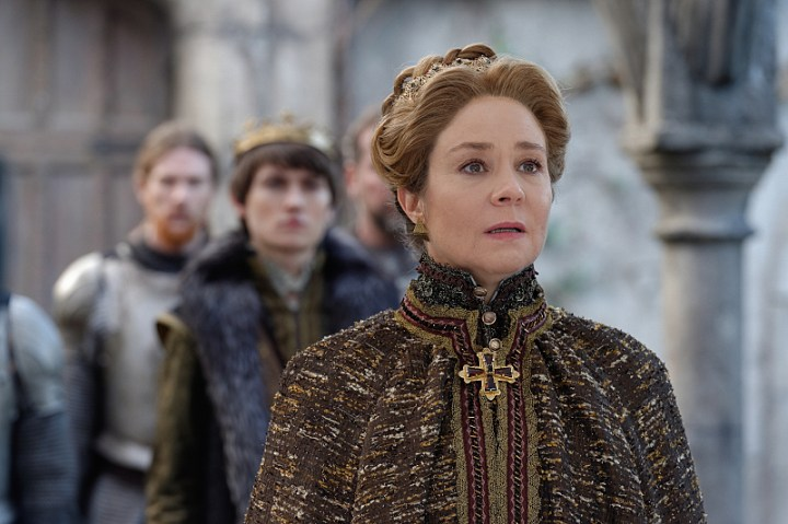 reign-megan-follows-catherine