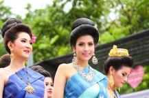 美女たちの競演が楽しめるのもこのフェスティバルの見どころのひとつ。