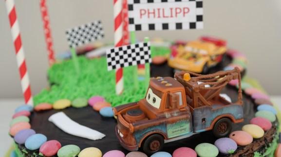 Cars-Schoko-Torte aus dem #Annibackt-Ofen