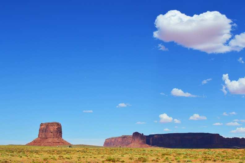 Annie Explore - Monument Valley