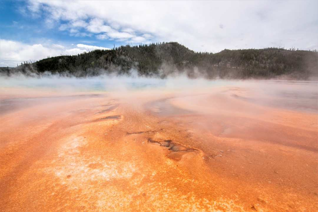 Annie Explore - Grand Prismatic Basin