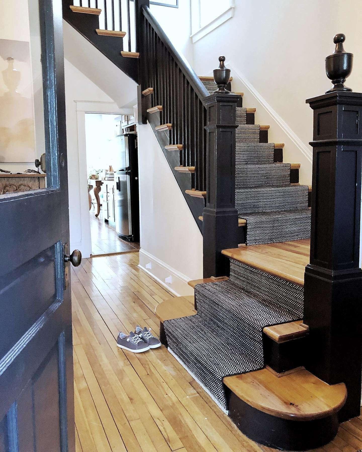 How To Choose A Stair Runner Rug Annie Selke | Rug Runners For Stairs | Wood | Antelope | Hallway | Persian | Mid Century Modern