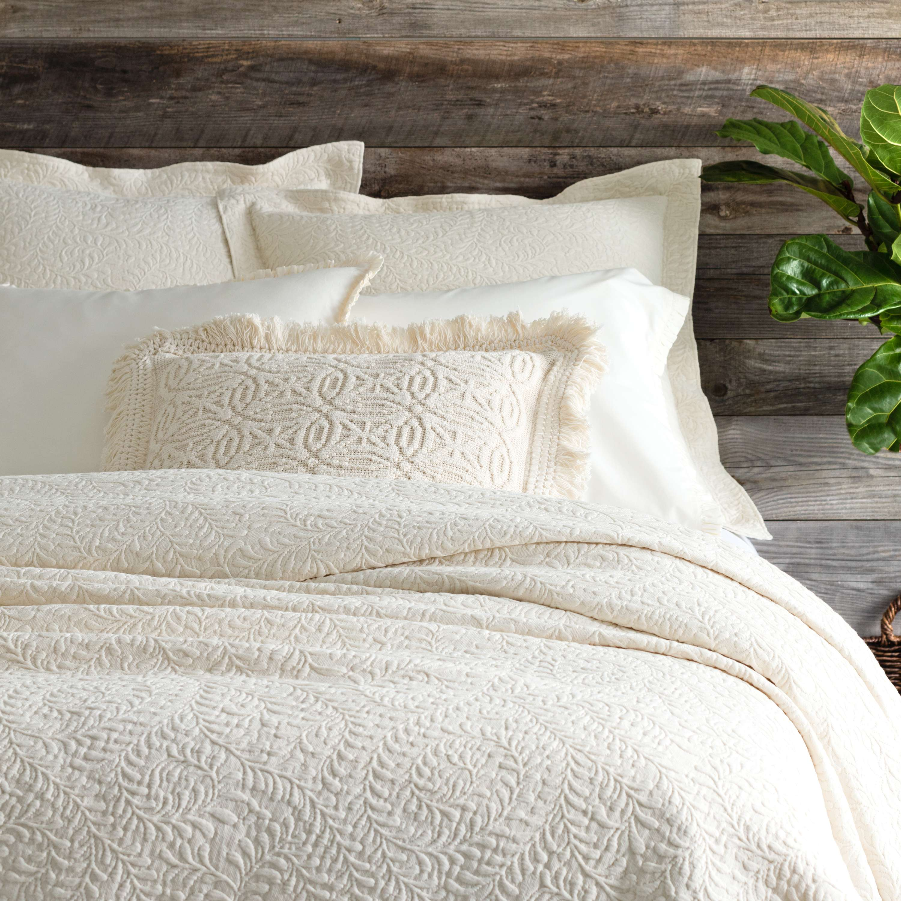 Scramble Ivory Matelass Coverlet  Pine Cone Hill
