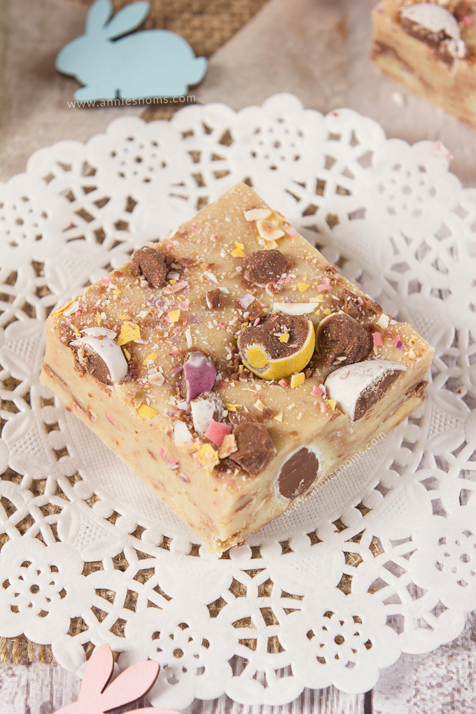 This super simple Mini Egg Fudge only has 5 ingredients, yet is melt in your mouth good! Creamy, sweet and packed with Cadbury Mini Eggs, it's the perfect Easter candy recipe!