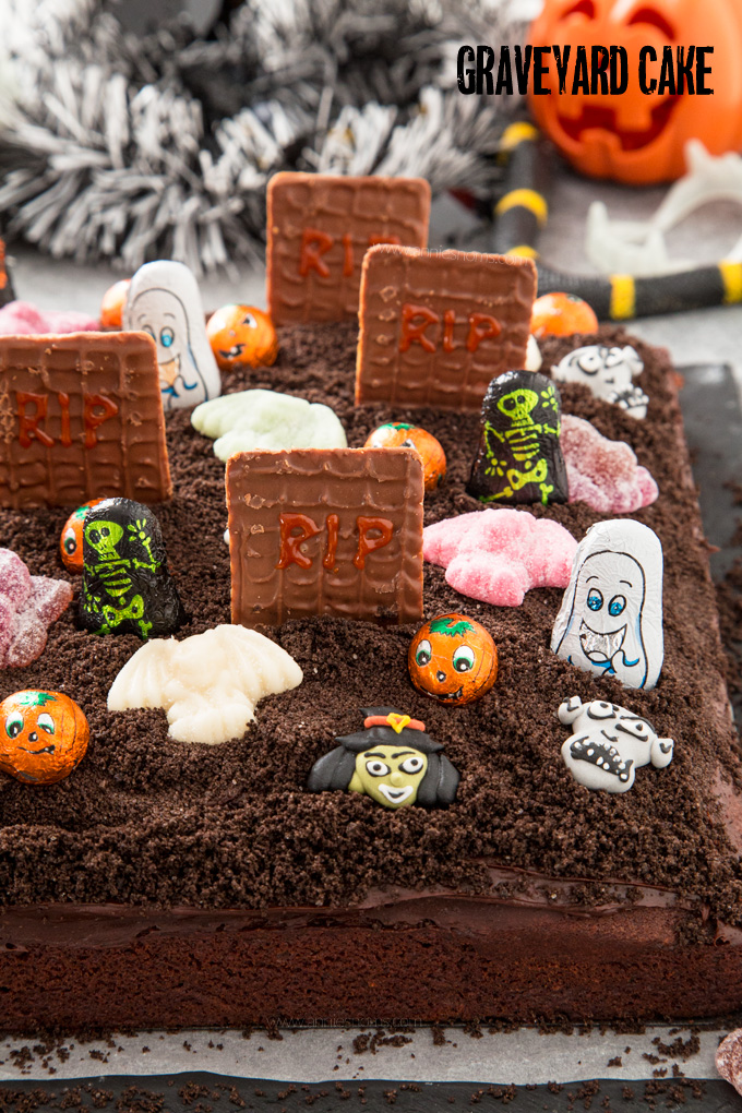Let the kids go to town with Halloween themed decorations and create your very own delicious Graveyard Cake with a rich chocolate cake base, chocolate frosting and Oreo soil!