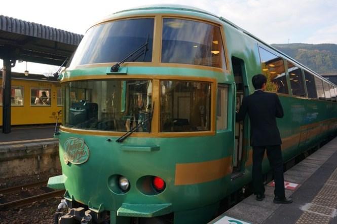 [大分] 九州特色列車 JR特急由布院之森 (ゆふいんの森)