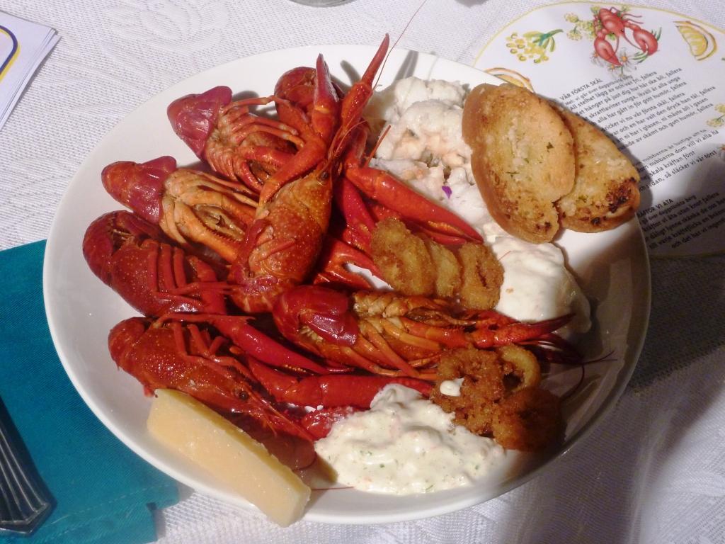 Crayfishparty3