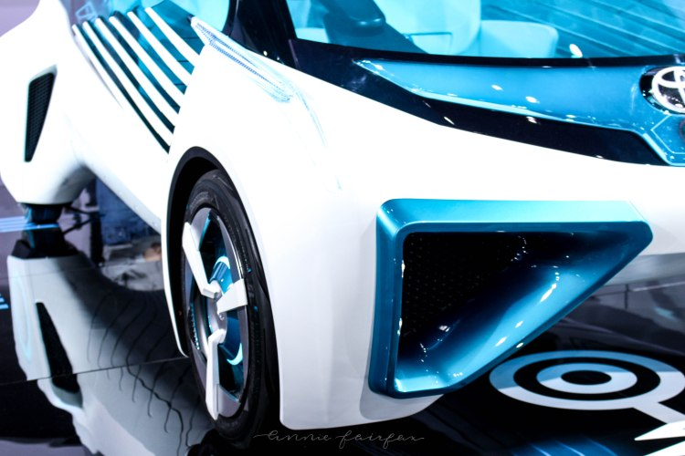 Toyota's Futuristic Concept Hydrogen Car: FCV Plus