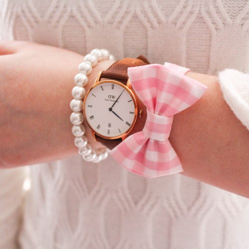 "Use code ""ANNIEWEARSIT"" for 15% off your Daniel Wellington Watch purchase, and receive a free rose gold watch charm! via AnnieWearsIt.com"