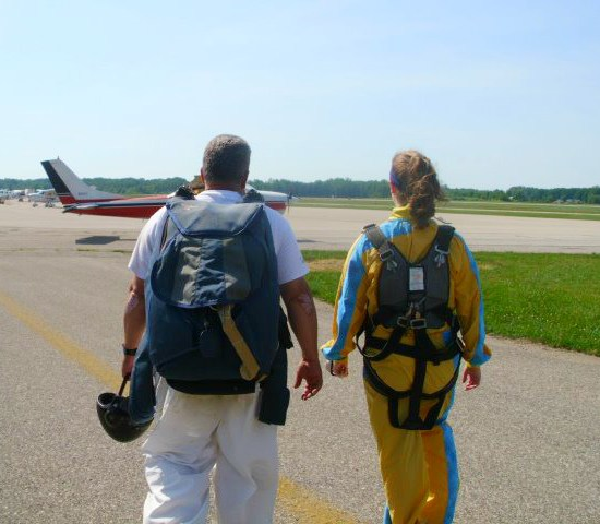 My First Skydiving Experience and What to Know Before Going Skydiving by Annie Fairfax