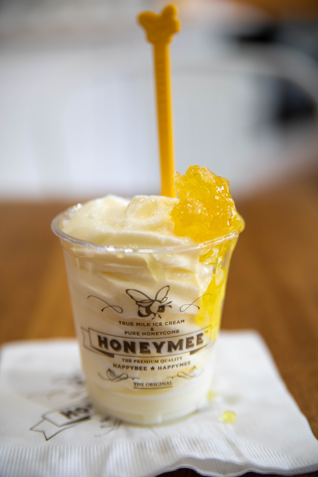 Honeymee Los Angeles Milk and Honeycomb Luxury Ice Cream
