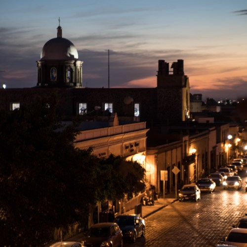 Santiago de Querétaro: The Official Travel Guide