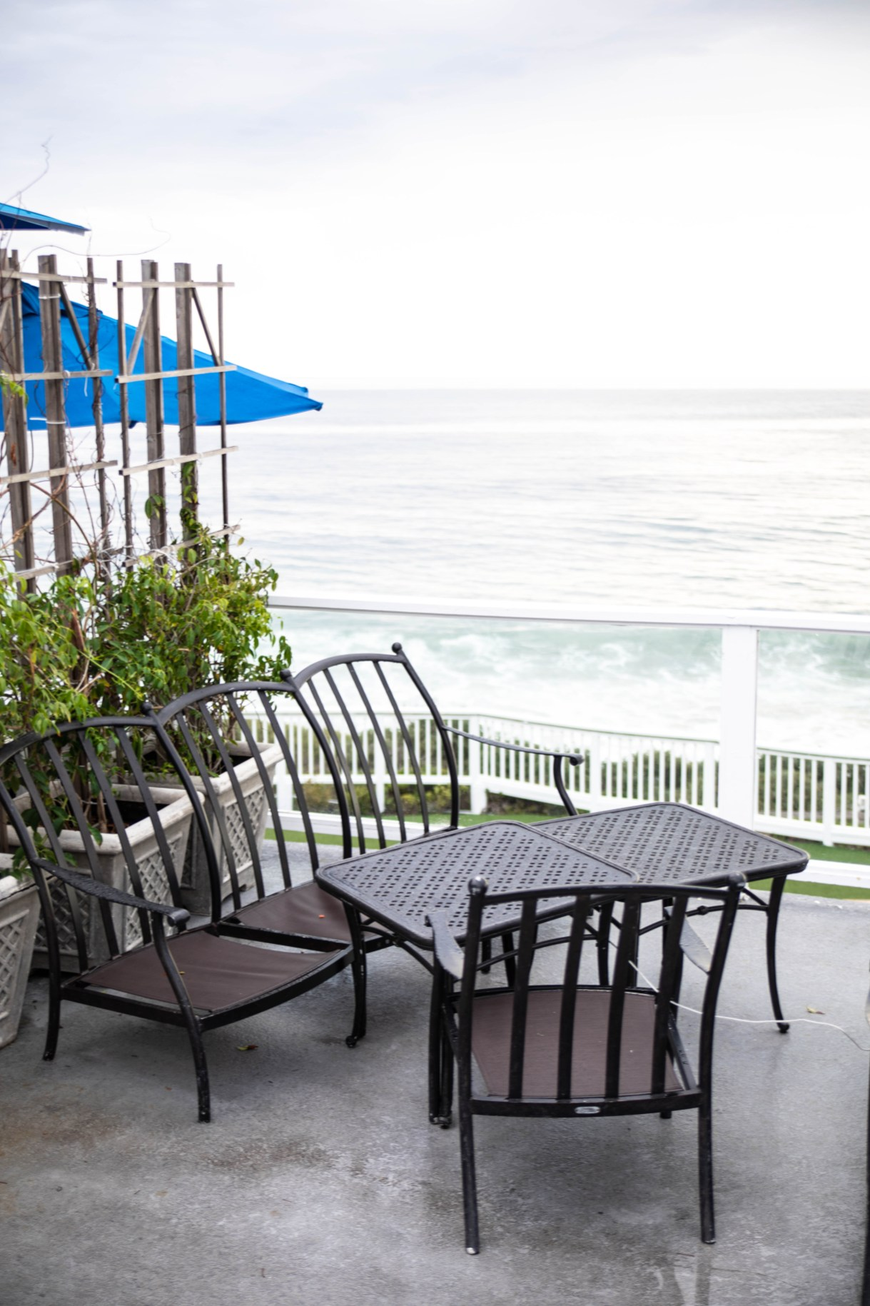 Luxury Restaurants of the World: The Cliffs in Laguna Beach