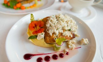 Luxury Restaurants of the World: Jockey Club on Mackinac Island