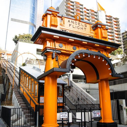 Los Angeles: The Complete Traveler's Guide by Annie Fairfax Los Angeles Angel's Flight Orange Tram Train