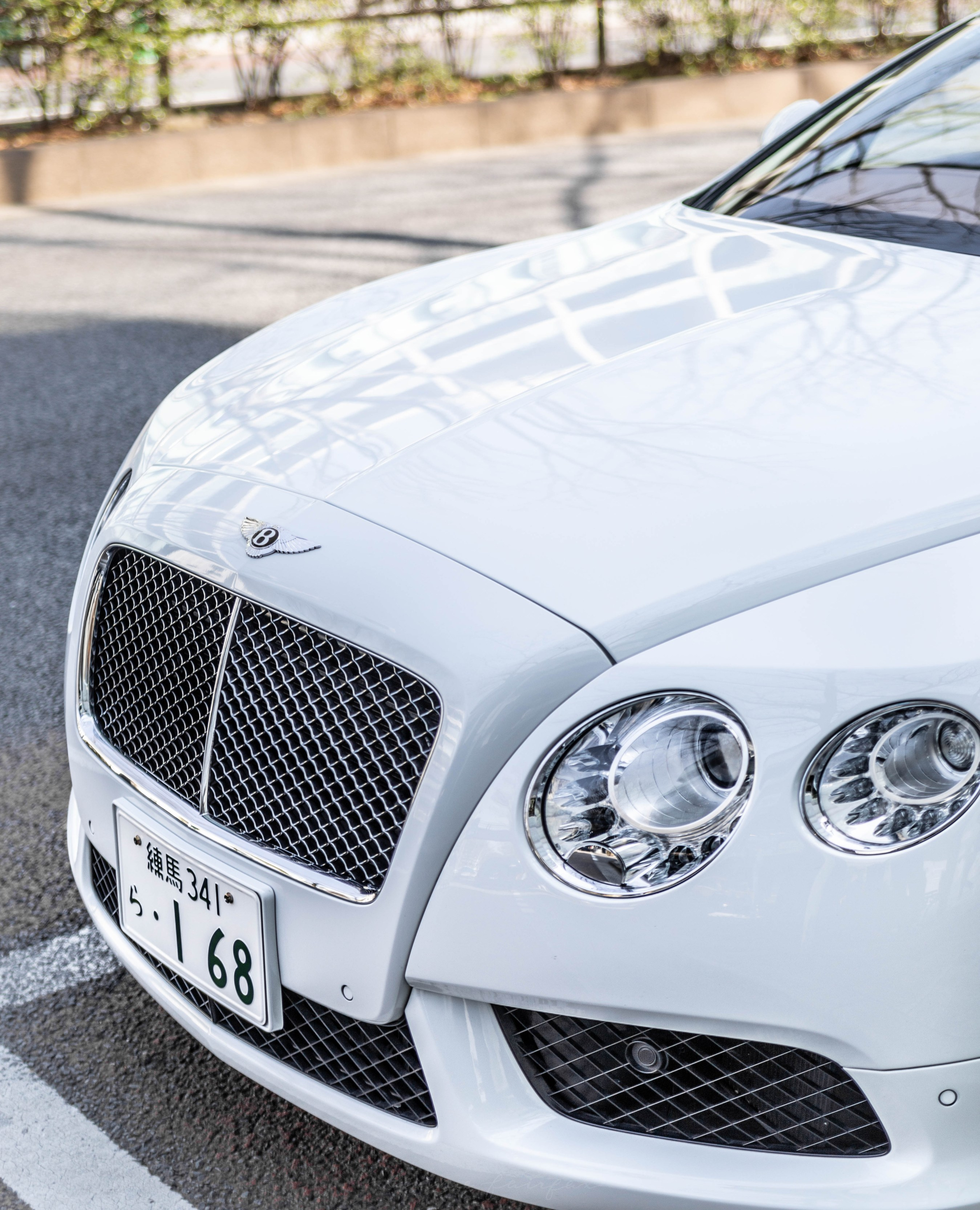 White Bentley Ralph's Café by Ralph Lauren in Tokyo, Japan | Annie Fairfax