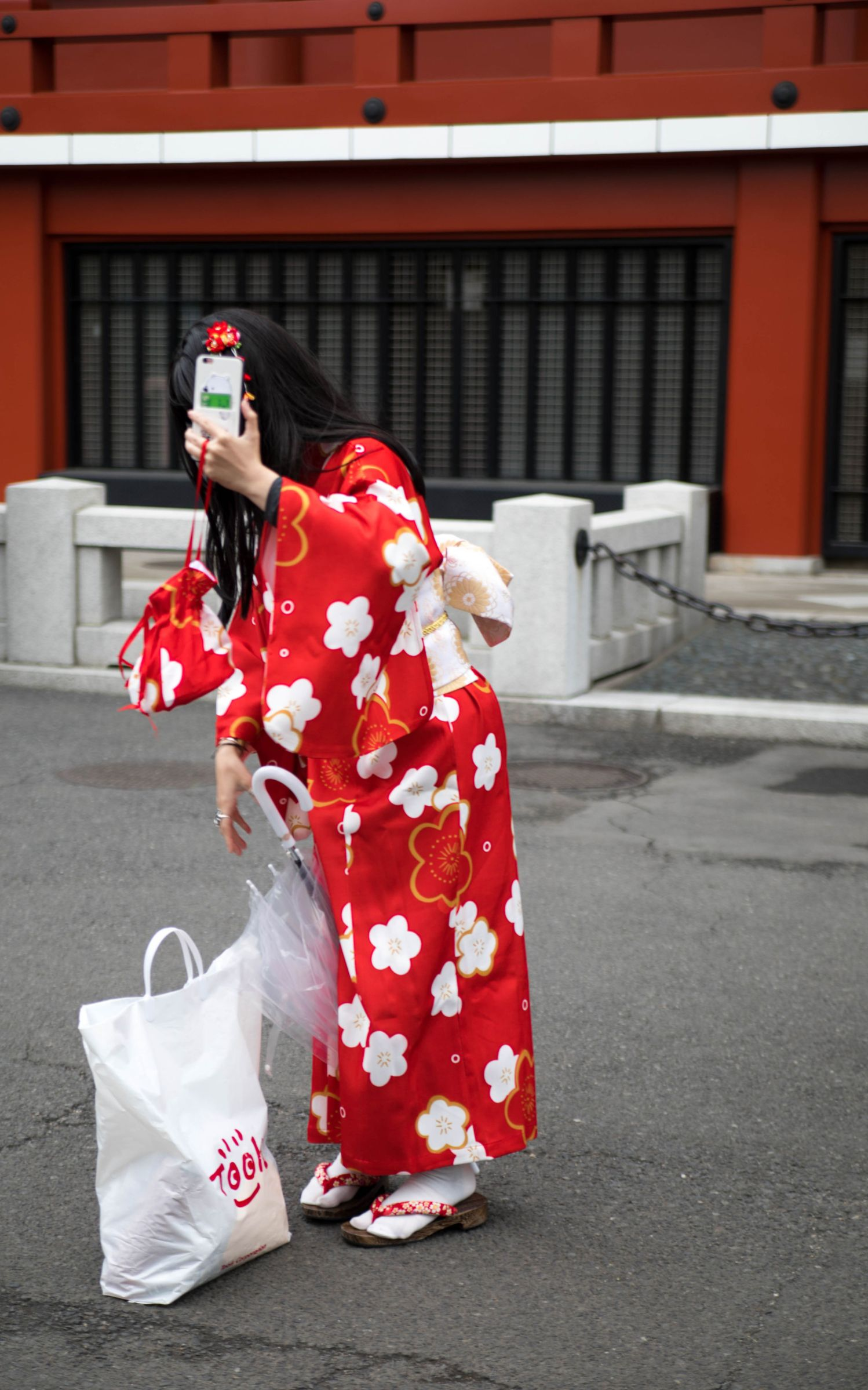 Girl in kimono Senso-Ji Temple Asakusa Kannon Buddhist Temple in Tokyo, Japan Shrine with Massive Red Japanese Paper Lanterns Near Tokyo Sky Tree Goddess of Mercy by Annie Fairfax Where to Visit Tokyo Things to do In Tokyo, Japanese Travel Tourism Trip Inspiration Pictues of tokyo Japan