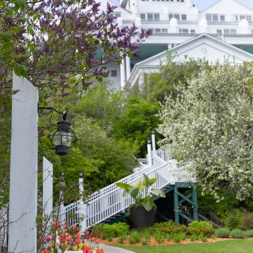 Luxury Hotels of the World: Grand Hotel on Mackinac Island