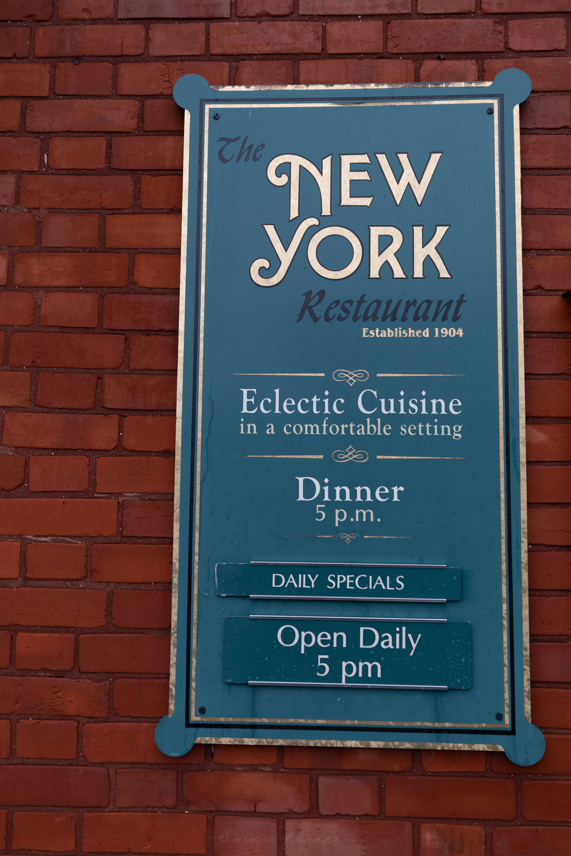 Luxury Restaurants of the World: The New York Restaurant in Harbor Springs, MI by Annie Fairfax Luxury Restaurants of the World