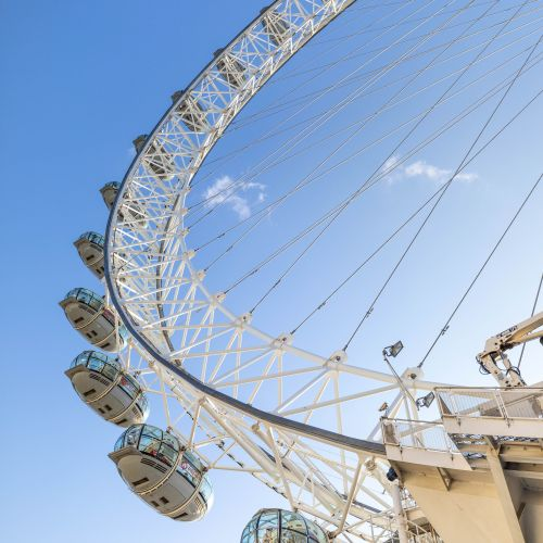 London, England: The Luxury Travel Guide