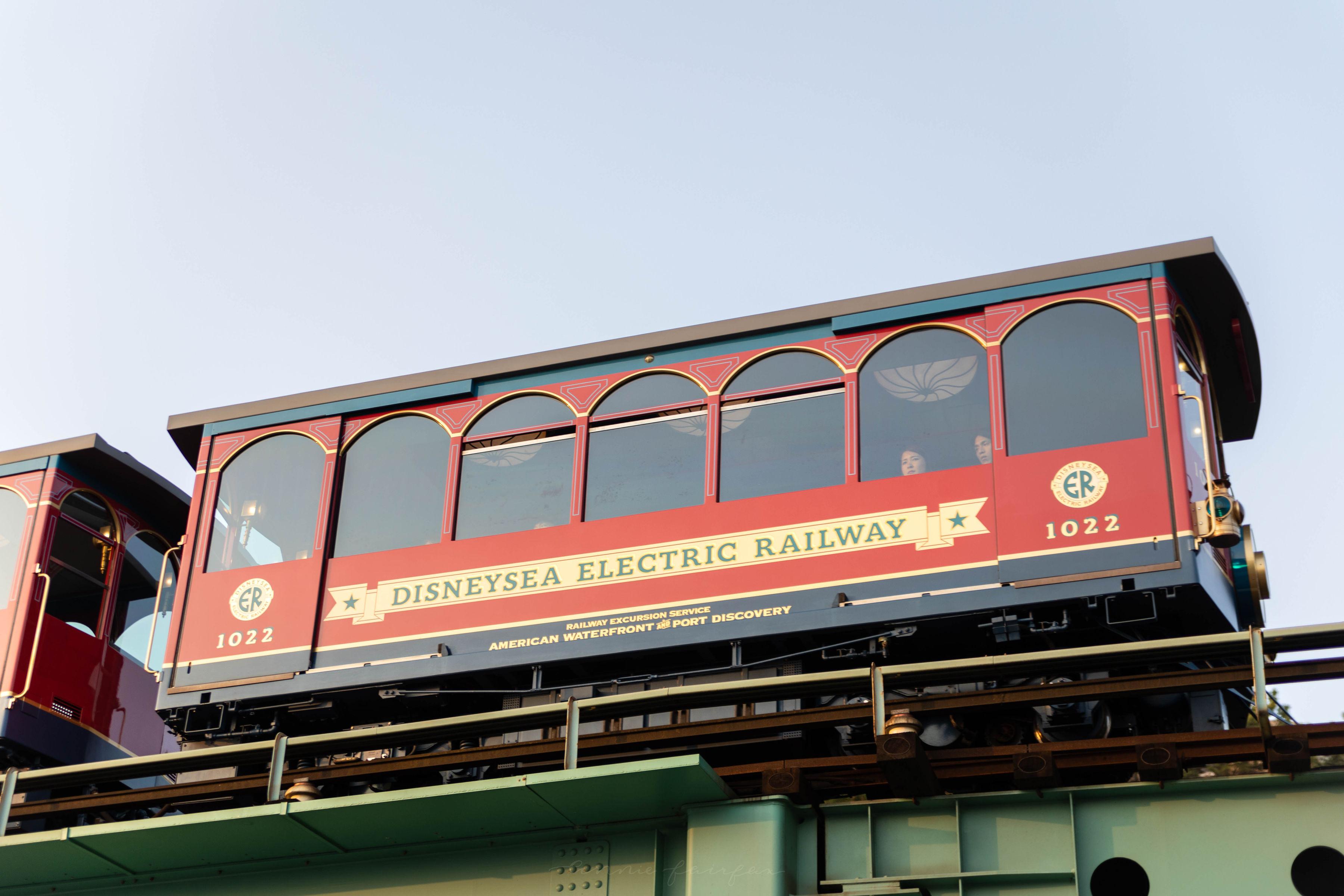 Tokyo DisneySea Electric Railway Elevated Trolley to American Waterfront Japan