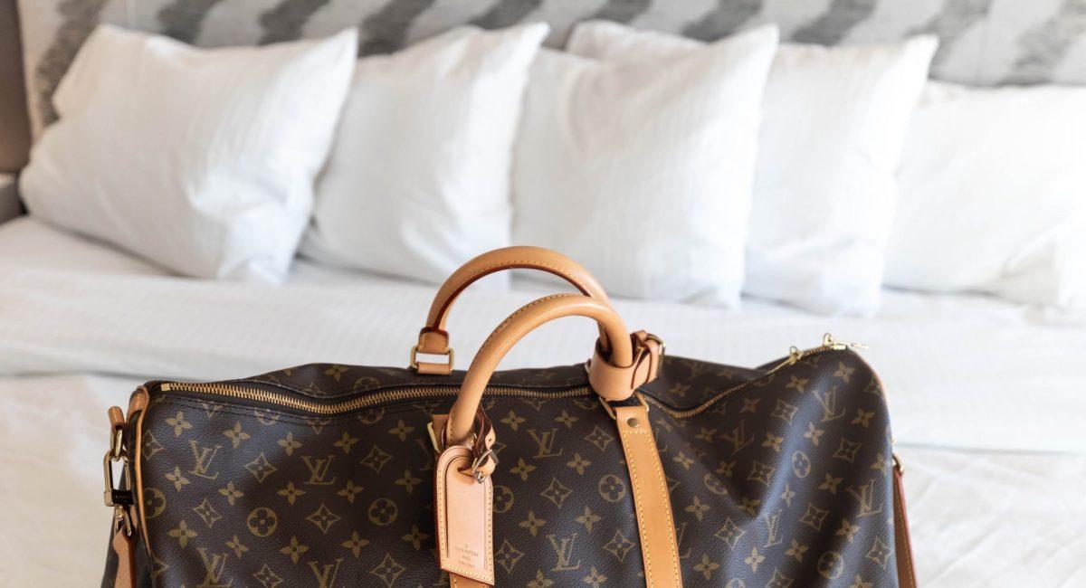 Louis Vuitton Keepall Bandoulière 55 Monogram Duffle Bag Review