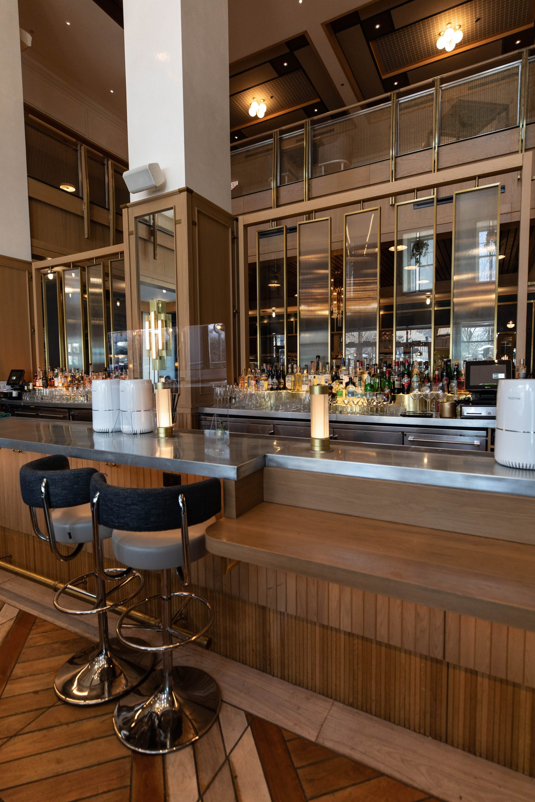 Somerset Restaurant Inside Viceroy Chicago 5-Star Luxury Hotel in Historic Gold Coast District Illinois Midwest Luxury Hotels by Annie Fairfax Where to Stay in Chicago