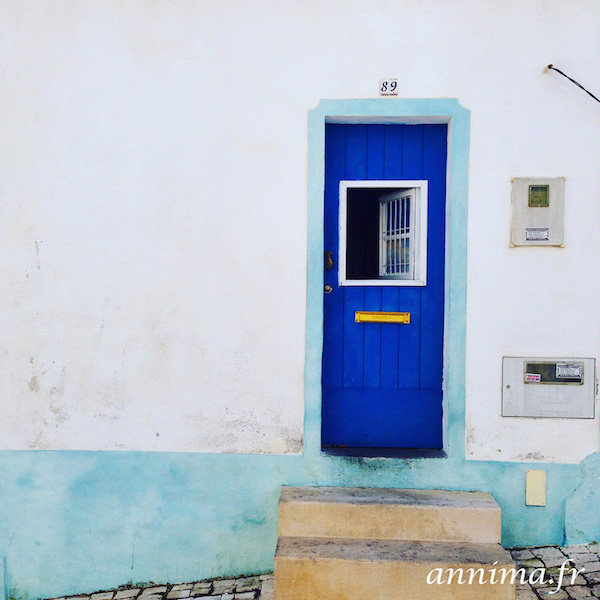 algarve door blue