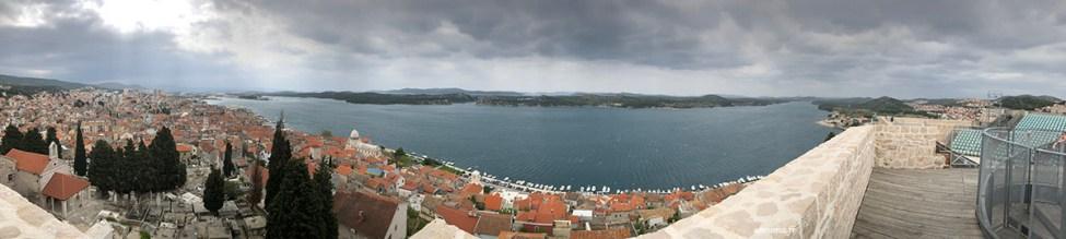Croatie: Šibenik sous la grisaille