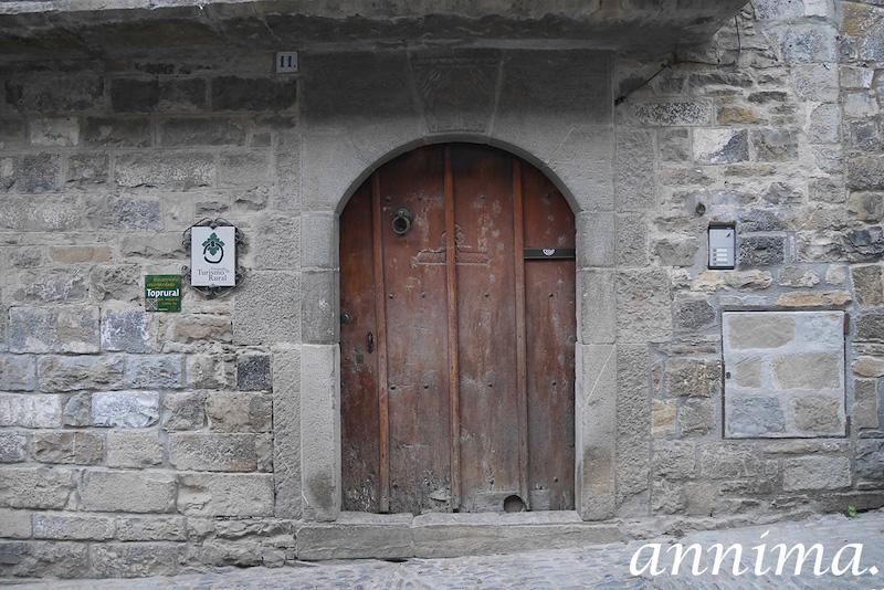 Découvrir Aínsa-Sobrarbe et ses alentours.