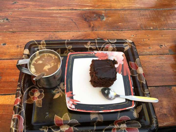 Cake-and-coffee-at-Raama's-cafe