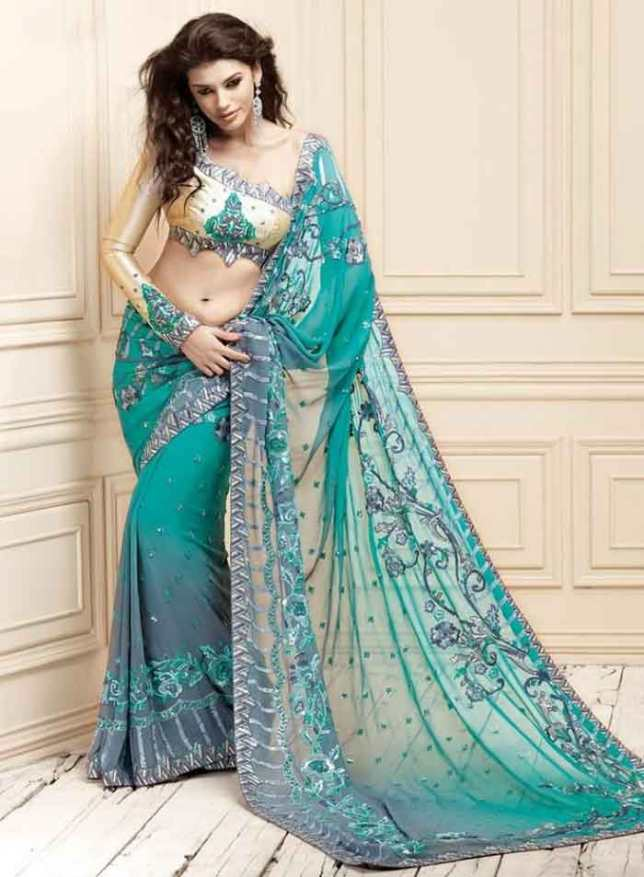 saree as a gift on Valentine's Day