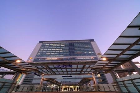 【2021年版】新横浜駅で記念日に最適なレストランはここ!新横浜駅通おすすめの14店【コスパ◎・夜景・懐石・イタリアン・フレンチなど】