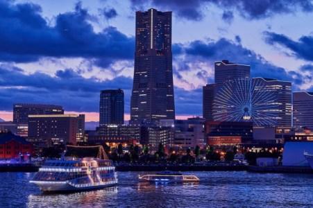 【2021年版】夜のみなとみらいデートならここ!横浜好きおすすめの15スポット【大人向けアクティビティ・クルージング・クラシック・夜景・低予算・ディナーなど】
