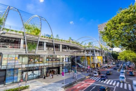 【2021年版】渋谷の誕生日ランチ16選!ホテル内・子連れOK・誕生日プランありなどお祝い向きのお店を都内在住者が厳選