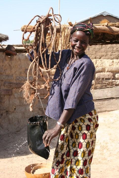 b. Mali Water (002)