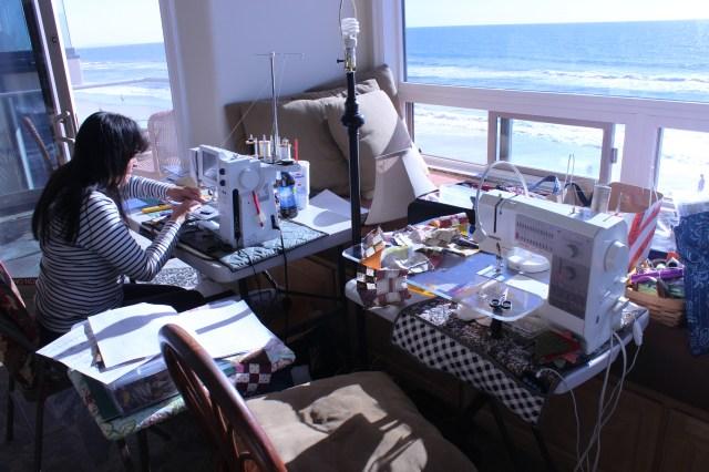 2014-11-1-8 CA Quilt Retreat Oceanside (14)