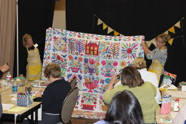 2015-4 American Quilting Retreat (111)