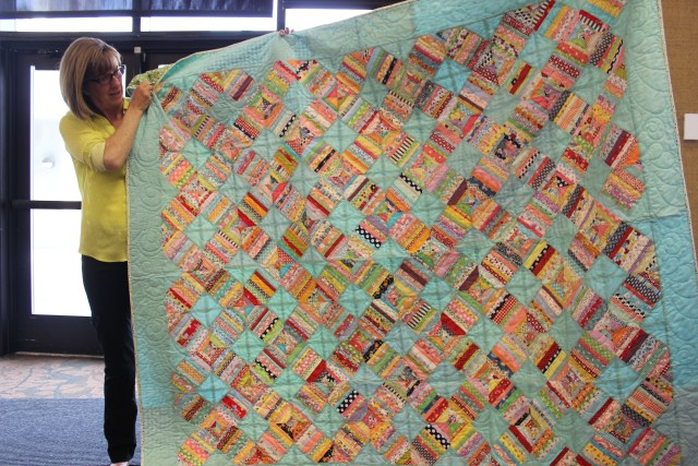 2015-4 American Quilting Retreat (13)