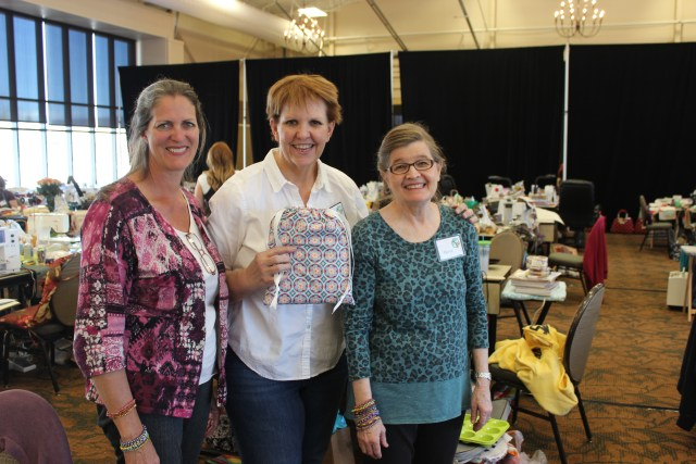 2015-4 American Quilting Retreat (2)