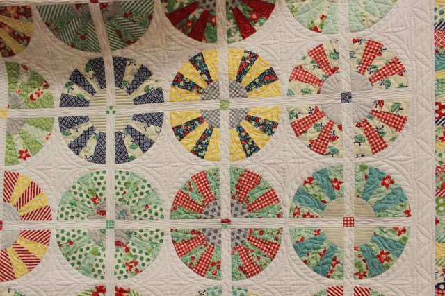 2015-4 American Quilting Retreat (36)