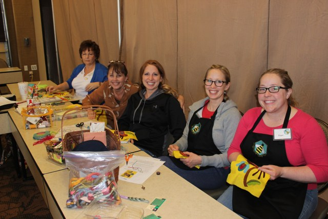 2015-4 American Quilting Retreat (46)