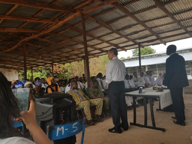 2017-5-23 Elder Bednar in Mali (1)