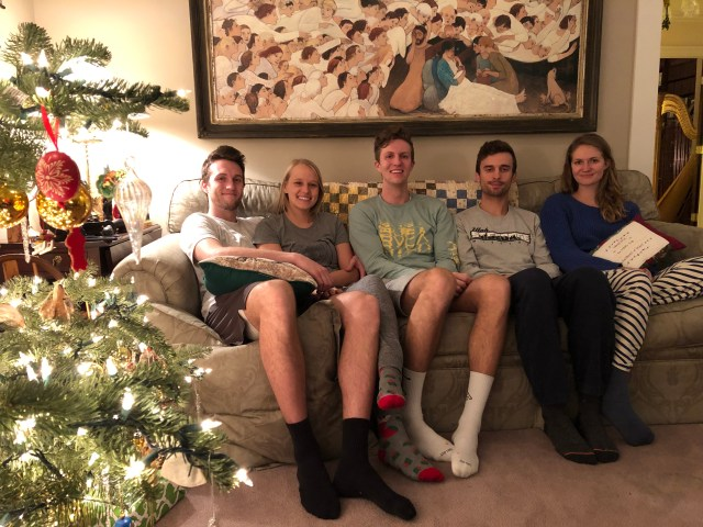 2018-12-24 CMS Lewis Family (9)
