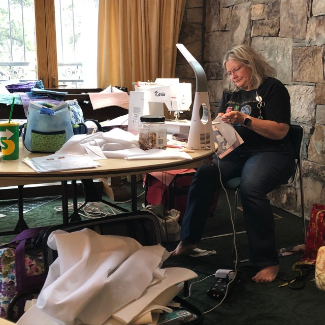 2019-4-9-12 Quilt Retreat Sundance (3)