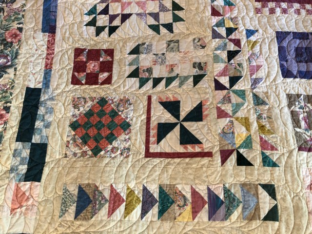 2018-Cottage-Sampler-by-Ann-Lewis-7.jpg