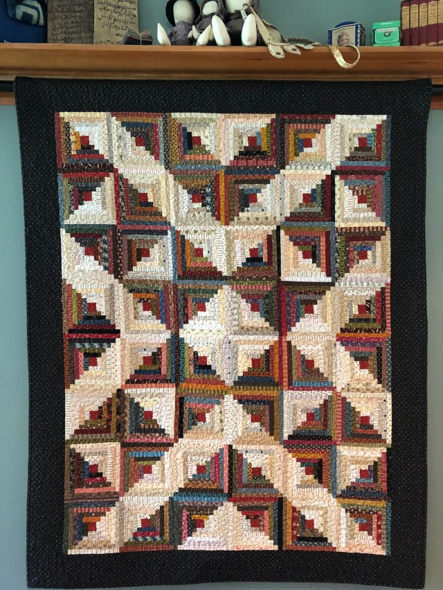 2019 Log Cabin Variation #3 by Ann Lewis (2)