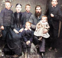 Pugmire Vincent Nancy with family-Colorized