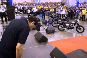 I Won't Allow 2 Plates on Motorcycles, Duterte